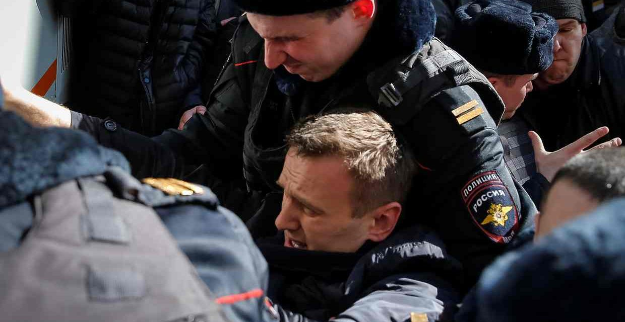 Russian Opposition Leader Alexei Navalny And Hundreds Others Arrested In Protest Of Govt Corruption